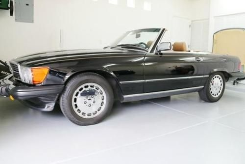 1989 Mercedes 560SL Convertible for sale by owner on Calling All Cars https://www.cacars.com/Car/Mercedes/560SL/Convertible/1989_Mercedes_560SL_for_sale_1011603.html