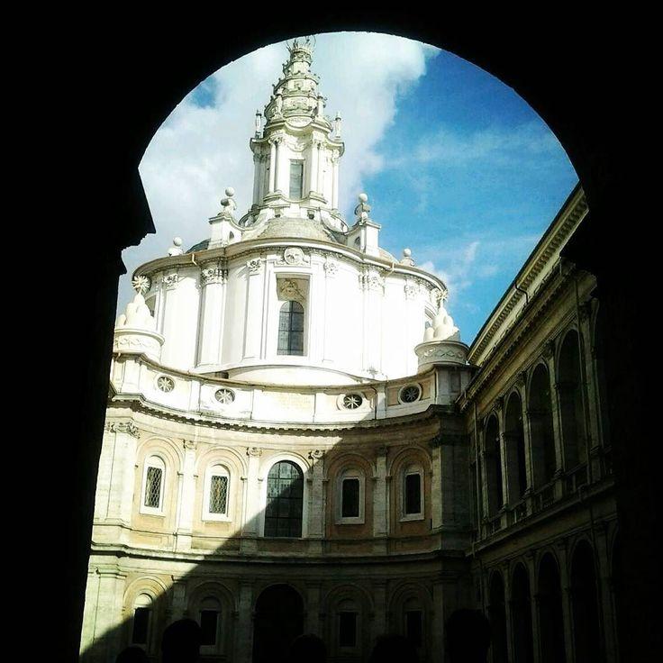 Luoghi nascosti #church #story #beauty #tourist #city #landscape #shadow #light #nofilter #ladolcevita by agnesecarnevale