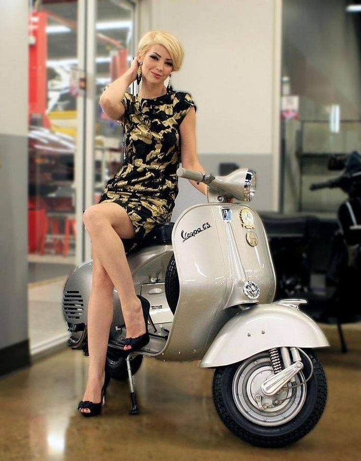 Scooter Girl Vespas 123