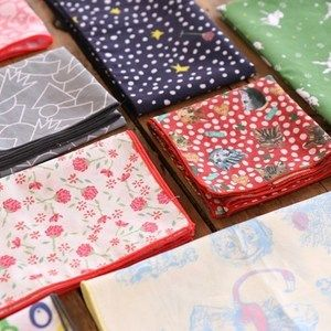 Story Pattern Handkerchief!