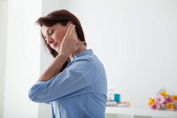 Generalmente, masajear las orejas por la mañana y por la noche ayuda a aliviar…