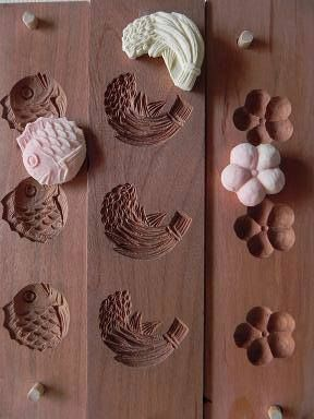 Japanese wooden molds for dry confectionery