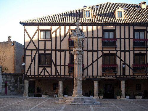 Rollo de justicia en Peñaranda de Duero, Burgos.