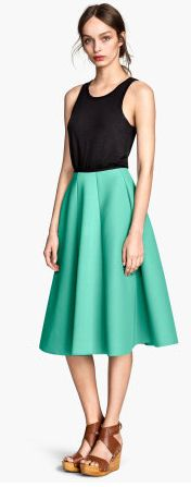 Midi circle skirt (flatters all body shapes) in a beautiful colour.