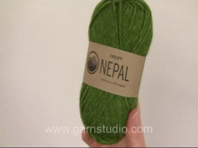 #DROPSNepal is a lovely, chunky and luxurious yarn spun in 35% alpaca and 65% wool. The fibers are untreated, which means that they are only washed and not exposed to any chemical treatment prior to the dyeing. This highlights the fibers' natural properties, providing also a better shape and texture qualities. #DROPSDesign #Garnstudio
