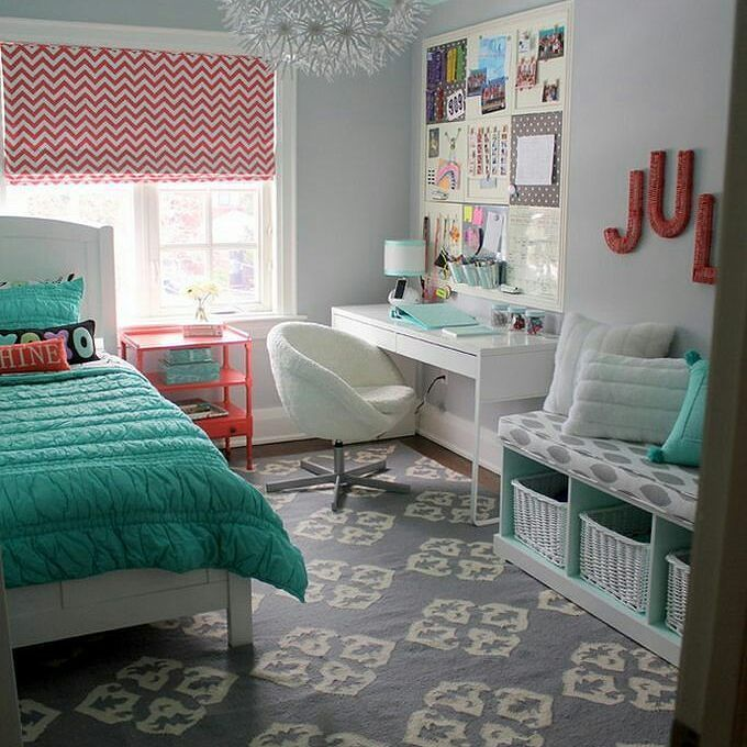 Love these colors! #colors #color #teengirlsroom#teen #teenroom #homedecor #home #homedesign #design #coral #teal #beautiful by lisa_seeley90 http://discoverdmci.com