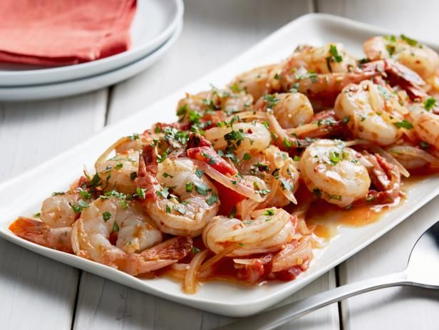 Giada's Shrimp Fra Diavolo - The shrimp prep is a classic recipe known for its spice. A teaspoon of crushed red pepper flakes brings up the heat, and an herb-packed tomato sauce makes it the most-enticing (and quickest) way you can eat shrimp. http://www.foodnetwork.com/recipes/giada-de-laurentiis/shrimp-fra-diavolo-recipe