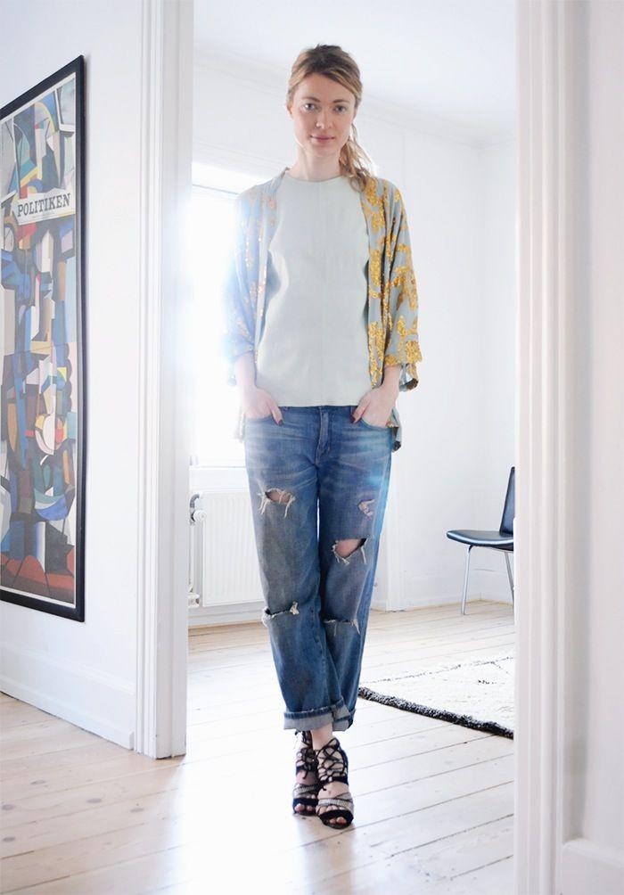 http://thestylecavalry.com/sequins-kimono
