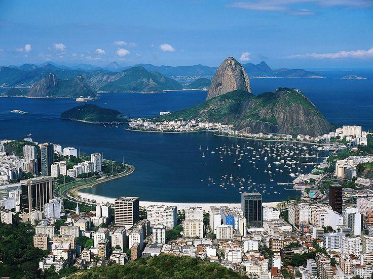 Confira uma seleção das 10 cidades mais bonitas do mundo.