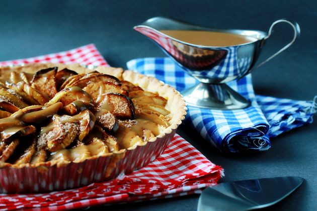 apple-tart-with-caramel-sauce-recipe, it looks awesome!!! have to try ...