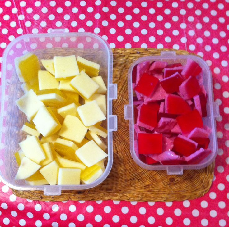 Slimming World: Jelly sweets: Add 2 sachets sugar free jelly with 2 sachets powdered gelatine to half pint boiling water mix well. Pour 2/3 into flat dish put in fridge to set. Mix mullerlight yoghurt into last 1/3 of jelly and mix well. When first layer set add the yoghurt/jelly mix to top and put in fridge. 3 syns for the lot.