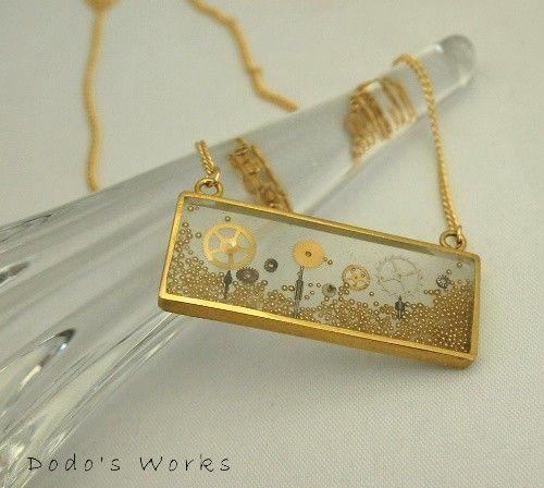 真鍮の四角いレジンネックレス - Dodo's Works