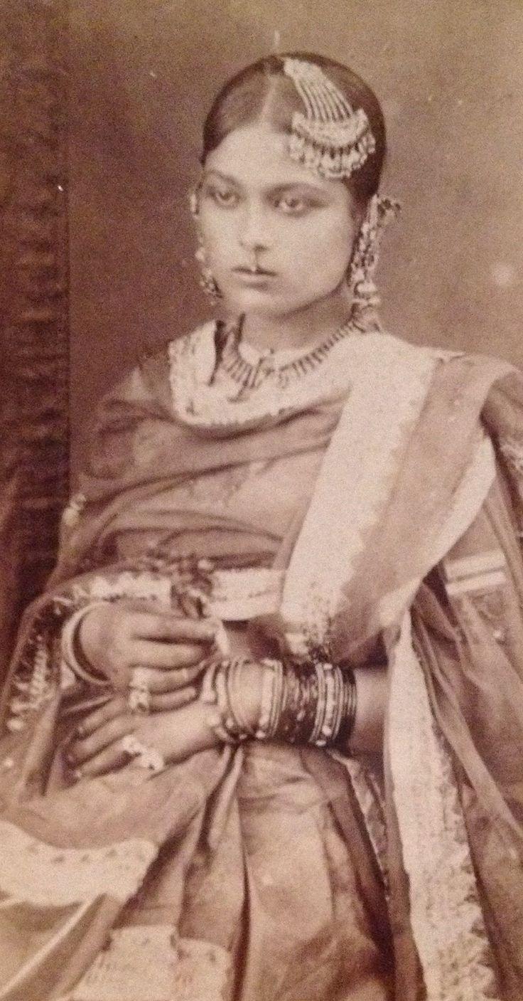 A Lucknow Courtesan Daroga Abbas Ali c.a. 1865-1870