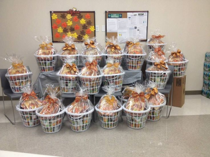 8 best images about thanksgiving baskets on Pinterest ...