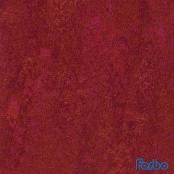 Linoleumgolv Forbo Marmoleum Real Red Amaranth - Rullvara