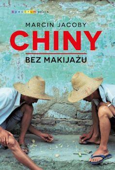 """""""Chiny bez makijażu"""" napisane zostały w bardzo zgrabnym stylu. Mogę śmiało powiedzieć, że książka czyta się sama. Nie odczuwałam znużenia i natłoku informacji, wręcz zastanawiałam się, jaką ciekawostką autor zaskoczy mnie za kilka chwil. Po lekturze nabrałam jeszcze większej ochoty na wyprawę do Chin, a także na naukę języka...  http://moznaprzeczytac.pl/chiny-bez-makijazu-marcin-jacoby/"""