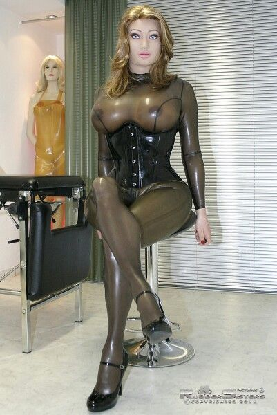 Mon rêve absolue : transformation mâle into female rubber doll for life !