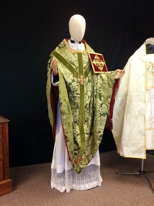 179 Best Vestments Images On Pinterest Embroidery Gold And Embroidery Fabric