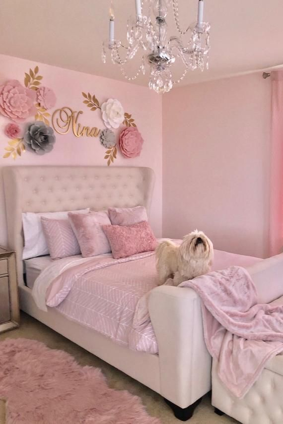 Paper Flowers Wall Decor Girls Paper Flowers Room Decor Nursery Decor Pink Gold Paper Flowers Blush Pinks Paper Flower Backdrop Baby In 2020 With Images Pink Bedroom For Girls Pink Bedroom