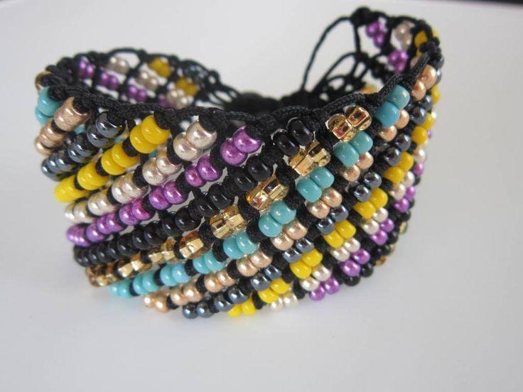 Diagonal Macrame Bracelet with Beads