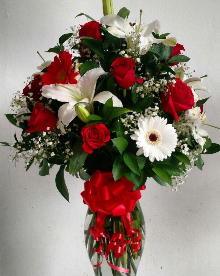 MAYO 14 DÍA DE LA MADRE ♥ Sorprende a Mamá con las más lindas flores en este día tan especial.