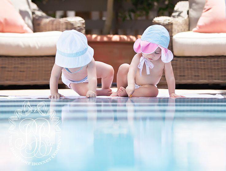 Chapéu do lírio de água de Winnie - Ao lado da piscina Pastels