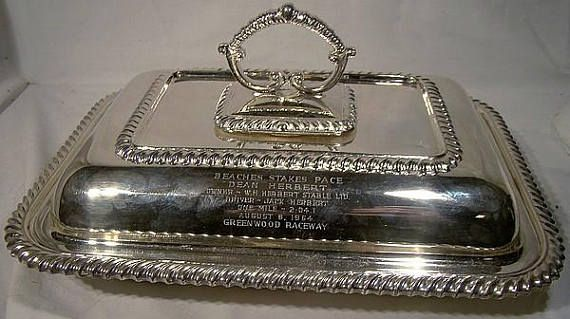 Beaches Stakes Pace Horse Race Award Silver Plated Entree Dish