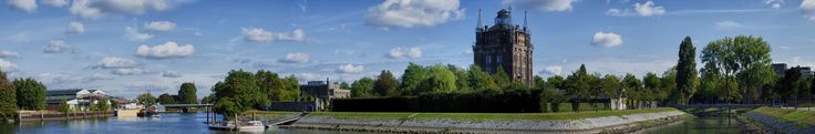https://flic.kr/p/Ne7YfH | Panorama - Watertower, Dordrecht - (Explore) | Tegenwoordig omgebouwd en in gebruik als Hotel bij restaurant  Villa Augustus.  In 1882 werd aan de Noordendijk de eerste watertoren van Dordrecht gebouwd. Het is de op een na oudste watertoren van Nederland. De toren heeft een kasteelachtig uiterlijk en is ontworpen door de Dordrechtse stadsarchitect J.A. van der Kloes. Wikipedia  nl.wikipedia.org/wiki/Watertoren_(Dordrecht)
