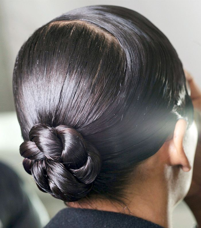 8 Times Low Buns Were Way Cooler Than Topknots via @ByrdieBeauty