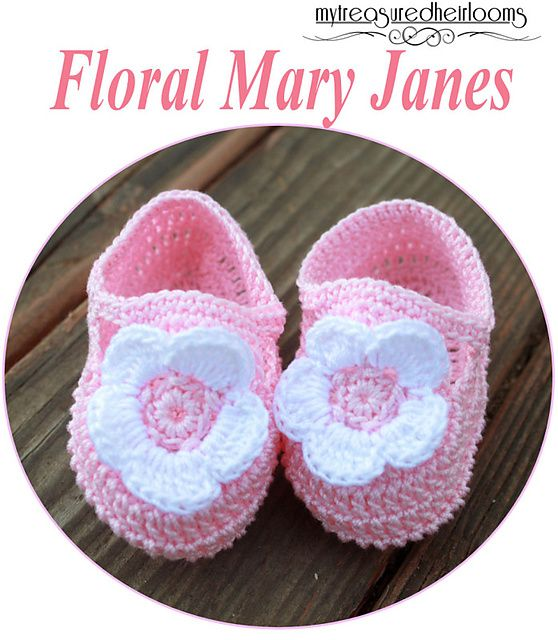 Floral Mary Jane booties - free crochet pattern