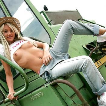 John deere nude girl on tractor