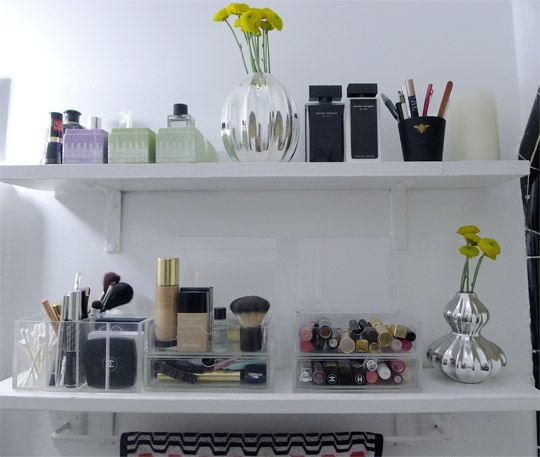 Pretty Enough to Display: Organized Cosmetics in the Bathroom via Apartment Therapy