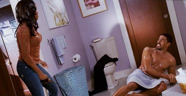 this-christmas-lisa-whips-malcolm-baby-oil-shower-scene ...