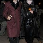 #KateMoss e #JamieHince come Morticia e Gomez Addams #Halloween #celebrity http://www.theblazonedpress.it/website/2013/10/28/i-costumi-delle-celebrita-ai-party-di-halloween/70888