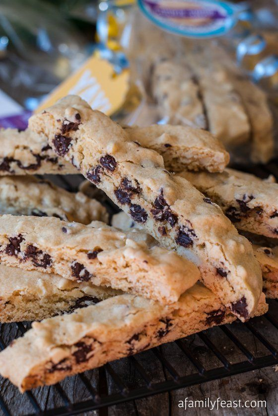 Chocolate Almond Biscotti - A delicious and easy biscotti recipe chock full of chocolate and almonds. So delicious!