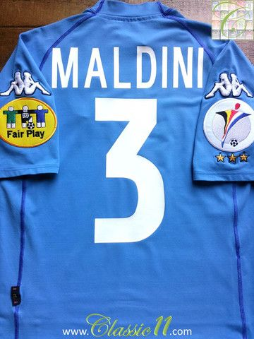 Relive Paolo Maldini's Euro 2000 with this vintage Kappa home football shirt.