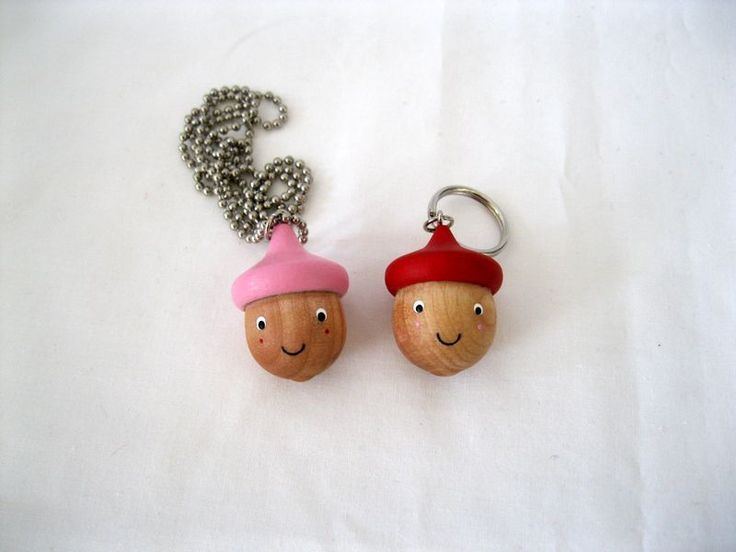 Crafty: Super cute pendant / key chain /zipper pull for kids.Acorn Zippers, Autumn Kids, Acorn Trendy, Acorn Necklaces, Silly Valentine, Acorn Keychains, Zippers Pulled, Valentine Acorn, Acorn Pendants