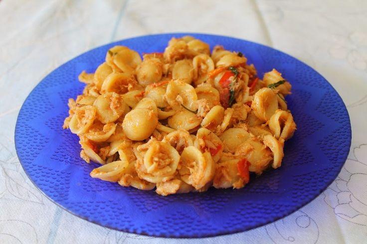 Arte e cucina...le ricette di Marisa e Simona: Orecchiette piccanti