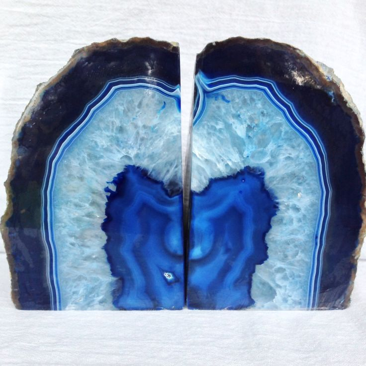Agate Bookends Geode Bookends Agate Bookends BLUE Extra Large Geode Book Ends Extra Fancy Heavily Crystallized Bookends  https://www.etsy.com/listing/482831994 by HandmadeByGin on Etsy