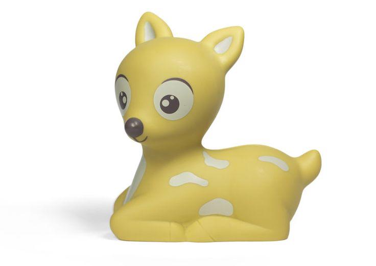 Trop craquante cette veilleuse Led Bambi Suzi de chez Atelier Pierre (Belgique)…
