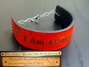 WKS841: Holiday Gift: Highly Personalized Leather Bracelets  Class Number 788-27929