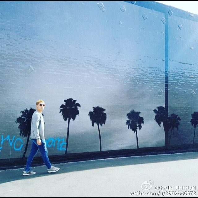 [image][2 vids] 비 wants you to see him on Abbot Kinney Blvd. in Venice, Los Angeles. (posted 11/19)
