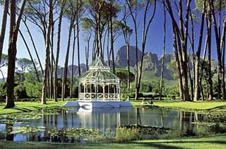 Boschendal, between Stellenbosch and Franschhoek #SouthAfrica - the Mist beautiful wine farm