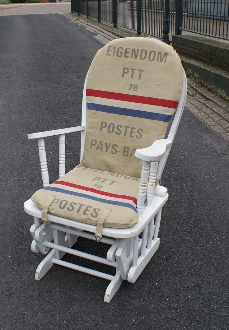 Google Afbeeldingen resultaat voor http://aukgaaf.nl/wp-content/uploads/2010/08/schommelstoel-met-postzakken.jpg