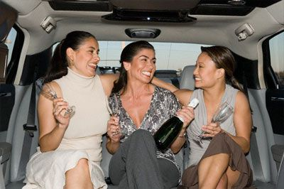 If you need to get to the airport then you can opt for Untaxi Jack airport transportation service. Look no further for The Woodlands airport transportation. They provide you with luxurious and comfortable transport.
