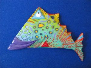 Triangle fish - medium - 23Hx36W