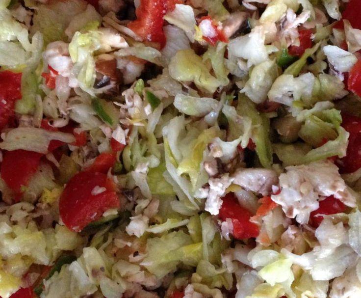 Rezept Bunter Eisbergsalat super schnell von ThermoBine122 - Rezept der Kategorie Vorspeisen/Salate