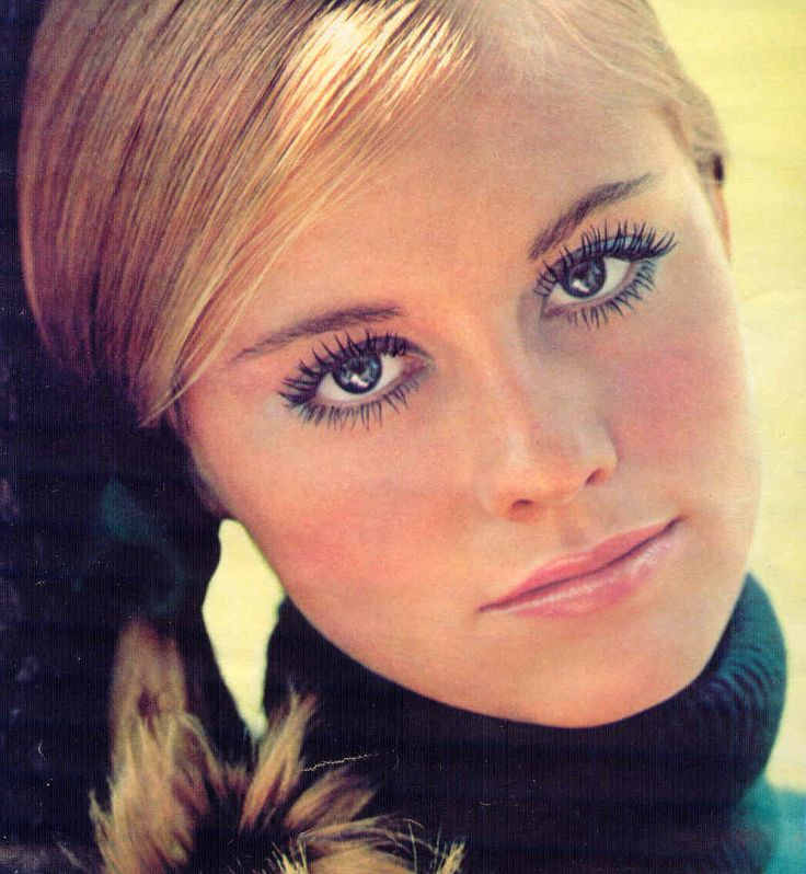 Cybill // AKA Cybill Lynne Shepherd    Born: 18-Feb-1950  Birthplace: Memphis, TN .. seen in this Cover Girl Ad from 1970