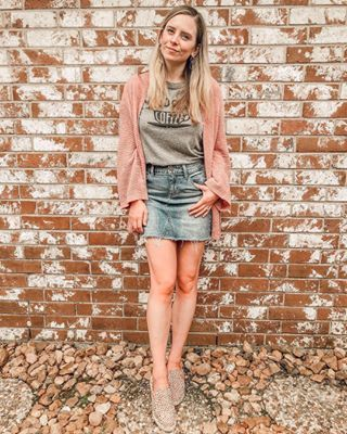 Denim Skirt and Graphic Tee for Spring and Travel - Ashley Berleen