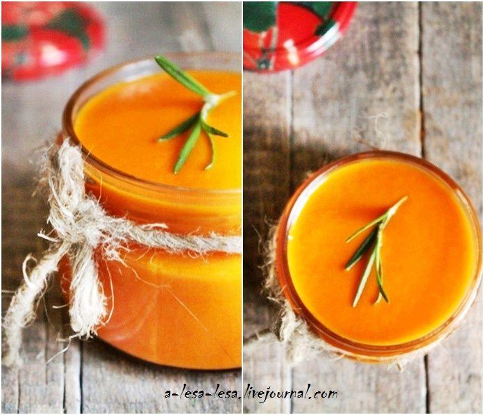 """Томатный соус """"Sugo""""  Во-первых это очень вкусный соус с неповторимой, нежной структурой. А во-вторых сезонные помидоры, которые имеют неповторимый аромат именно летом, можно…"""